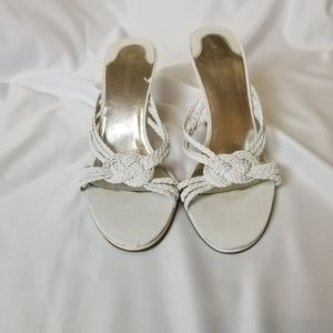 ENZO ANGIOLINI white sandals heels size 7.5m